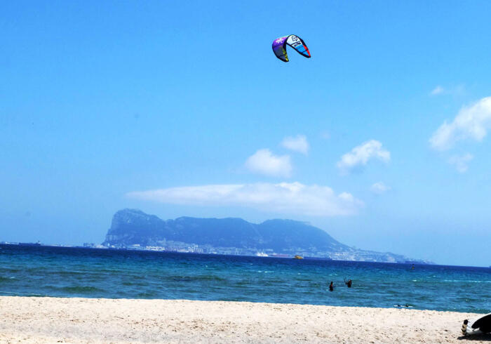 surf-sarbsk kite4